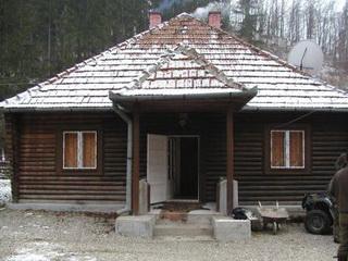 Jagdhaus in der Nähe von Targu Secuiesc<small>&copy H. R.</small>